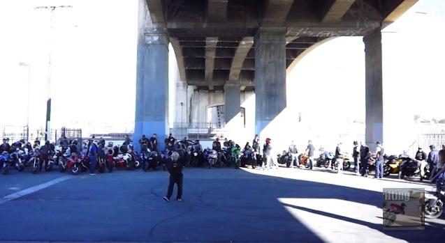 Harlem Shake moto à Los Angeles
