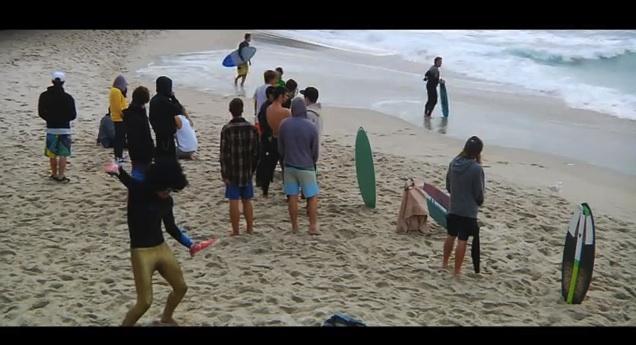 Harlem Shake surfeurs