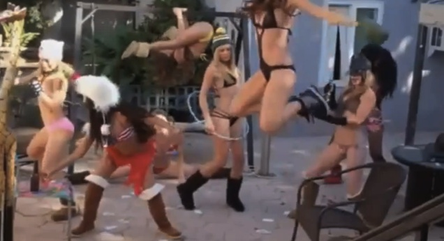 Harlem Shake compilation filles sexy (-18 ans)